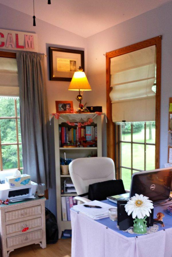 barbara-techel-tiny-writing-cottage-0008