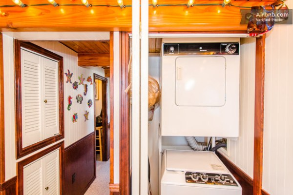 barge-tiny-house-airbnb-vacation-rental-011