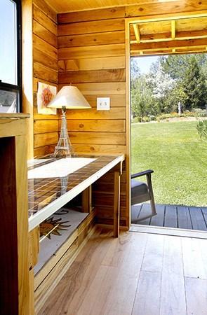 barn-style-tumbleweed-epu-tiny-house-04
