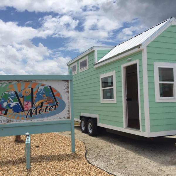 beach-tiny-house-003