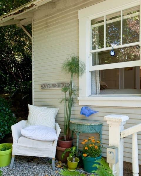 beth-tiny-california-cottage-06
