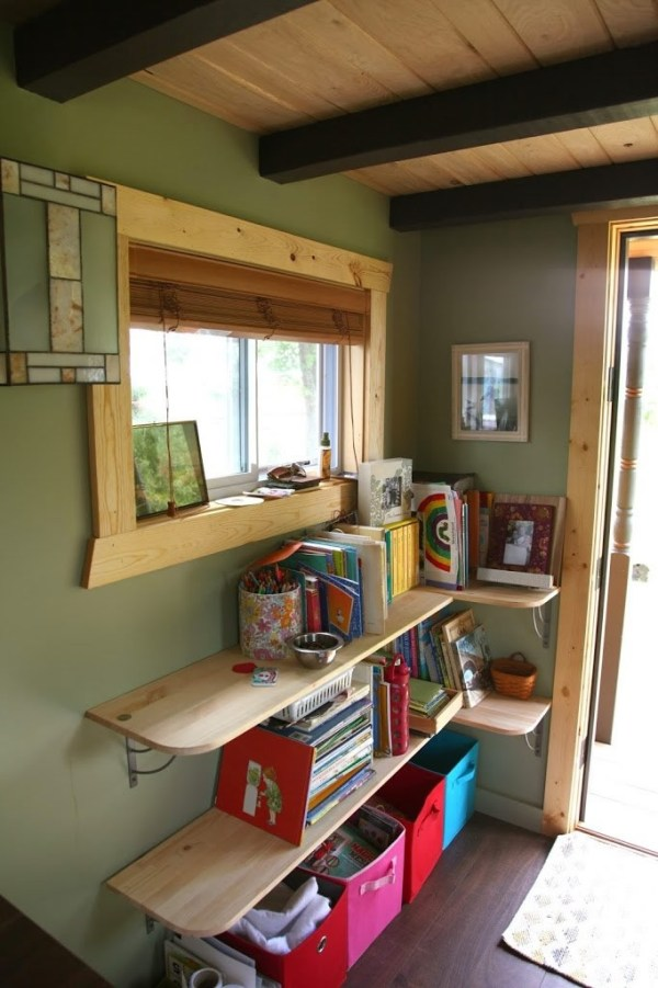 bless-this-tiny-house-family-of4-004