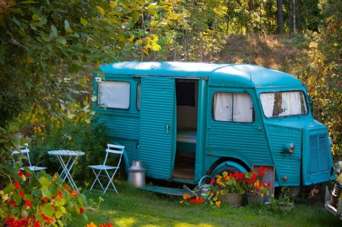 bread-van-converted-into-guest-bedroom-micro-cabin-in-norway-001 Small Retro House Plans on small one story house plans, small japanese style house plans, small handicap house plans, small family house plans, small pretty house plans, small stylish house plans, small kitchen house plans, small house house plans, small medieval house plans, small neoclassical house plans, small farm style house plans, small minimalist house plans, small space house plans, small historic house plans, small vacation house plans, small hillside house plans, small romantic house plans, small urban house plans, small antique house plans,