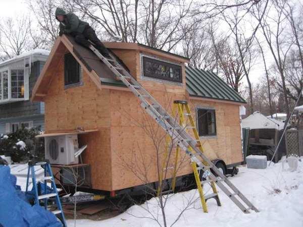 brian-ilg-tiny-house-honey-house-project-01