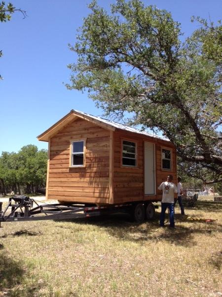 Bunkhouse Tiny House (3)