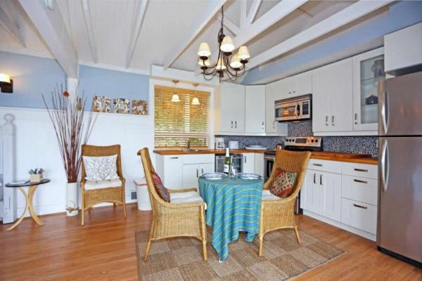 camano-island-beach-cottage--smallhousebliss-004