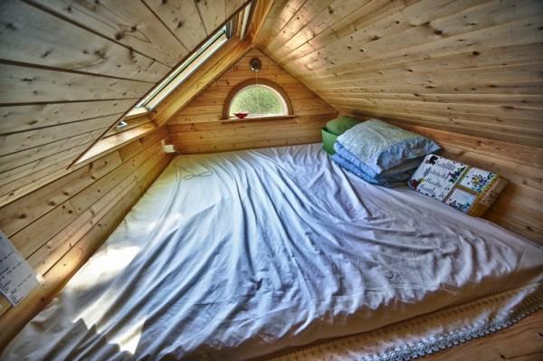 Candice's Tiny Tack House: Interior Photos: Modified Tumbleweed Fencl: Photos by Chris Tack (5)