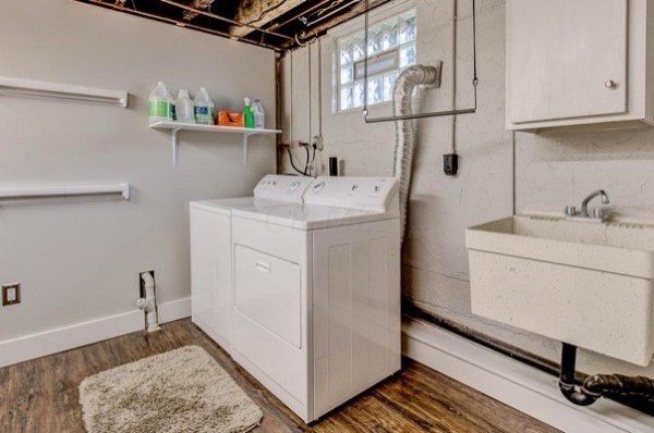 columbus-ohio-cottage-for-sale-with-garage-and-finished-basement-0018