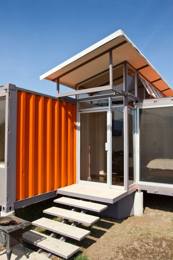containers-of-hope-tiny-houses-06