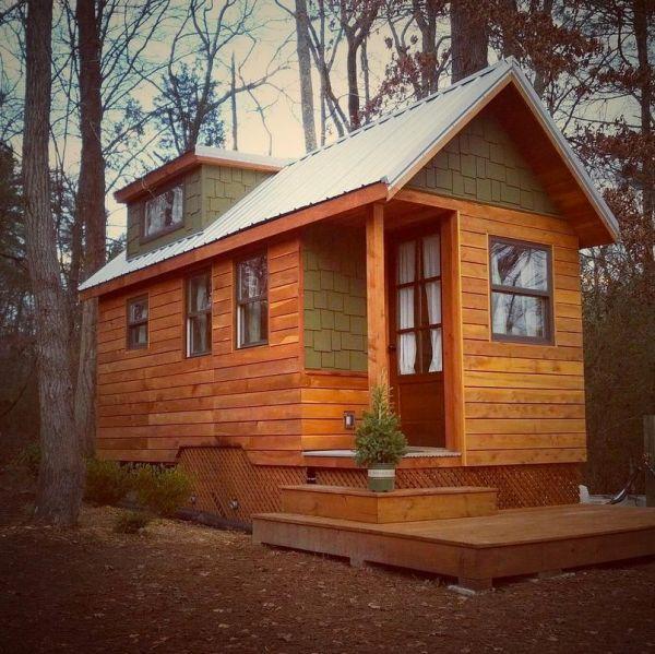 Tiny house living couple 39 s 204 sq ft dream home for Custom dream houses