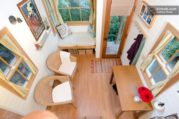 Cozy Tiny House for Rent (4)
