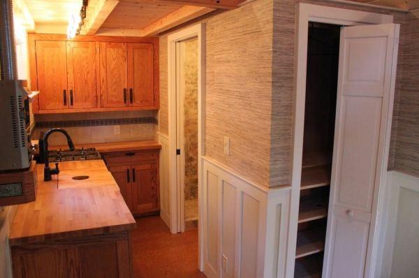 craftsman-style-bungalow-molecule-tiny-home-0012