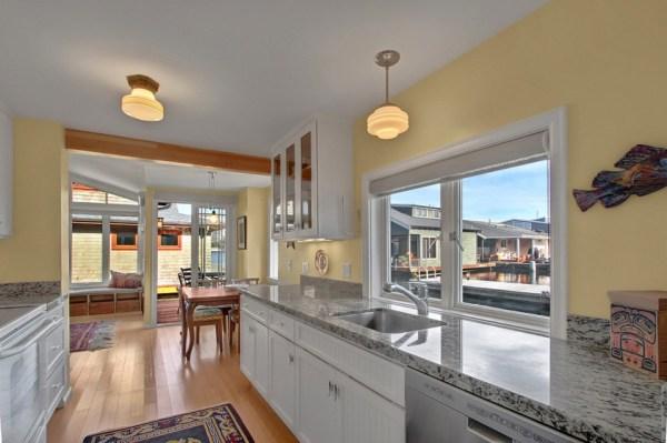 craftsman-style-portage-bay-float-house-kitchen1-via-smallhousebliss