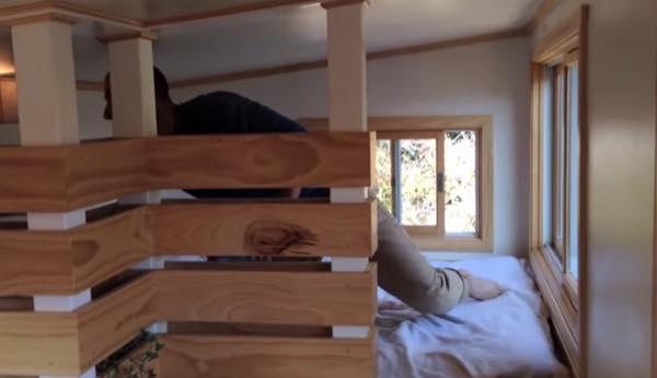 creative-tiny-house-on-wheels-with-two-sleeping-lofts-0012