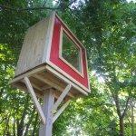 Deek's Lollipop Tree-less Micro Treehouse