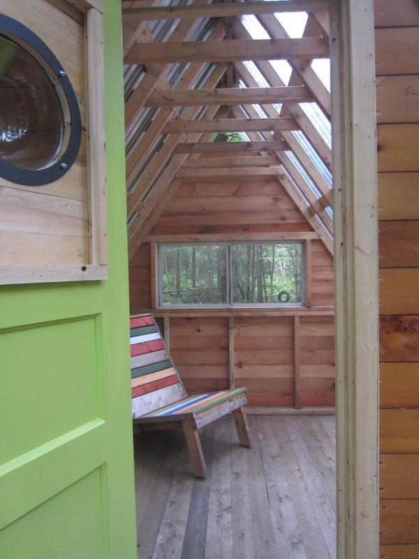 deeks-tiny-cabin-02