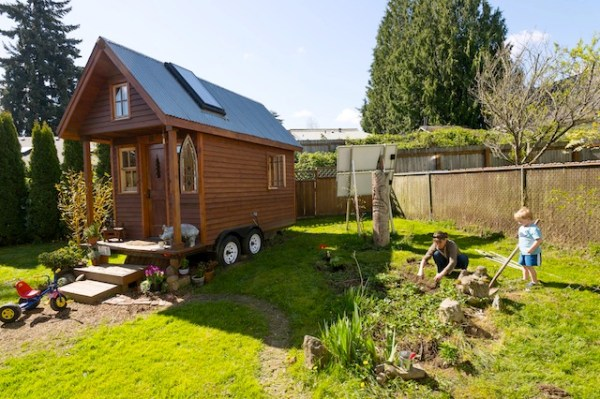 Dee Williams Tiny House Garden