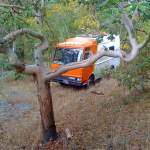 diy-motorhome-work-van-converted-to-housetruck-0014