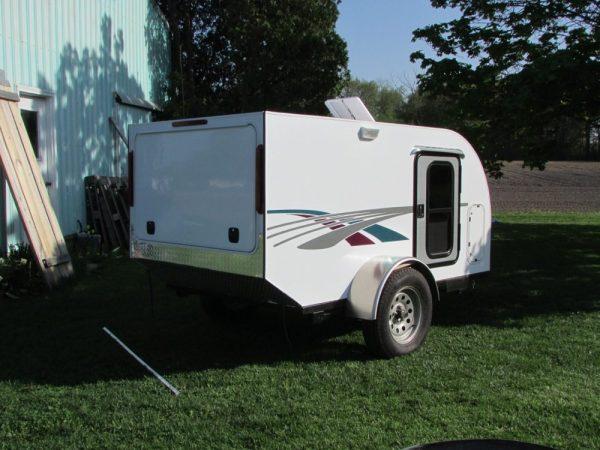 diy-tiny-camping-trailer-0020