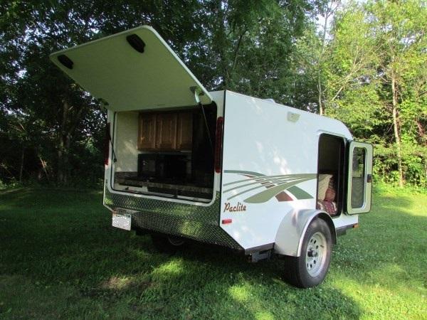 diy-tiny-camping-trailer-004