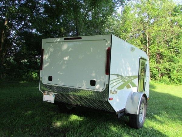 diy-tiny-camping-trailer-005