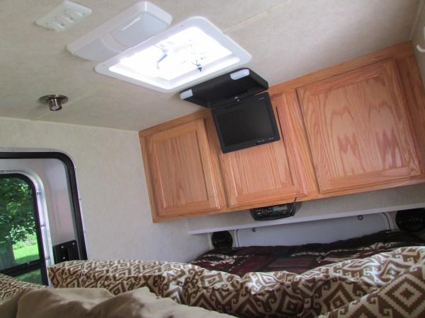 diy-tiny-camping-trailer-009