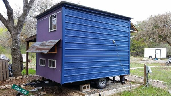 ethan-and-kelseys-tiny-house-on-wheels-for-sale-02