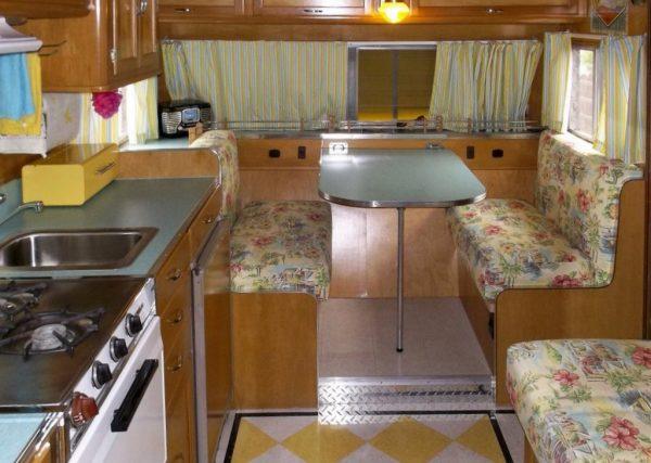 garys-travel-trailer-to-diy-tiny-house-rehab-003