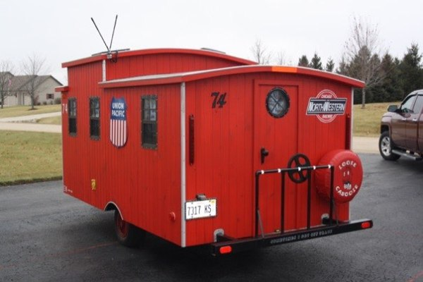 glenn-wallin-sr-diy-caboose-micro-camper-006