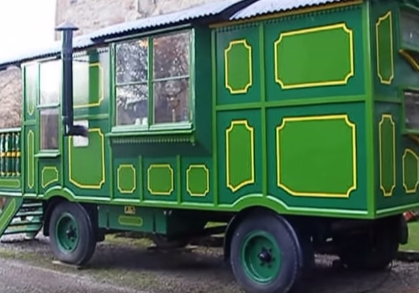 green-wagon-006
