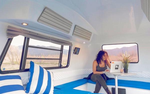retro happier camper trailer