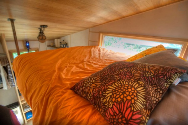 hip-tiny-house-vacation-in-austin-texas-00013