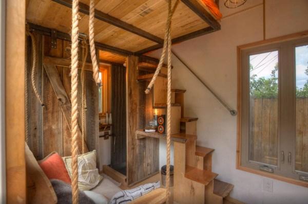 hip-tiny-house-vacation-in-austin-texas-0003