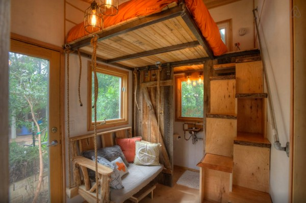 hip-tiny-house-vacation-in-austin-texas-0004