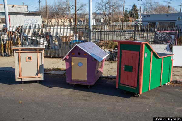 homeless-shelter-micro-houses-002