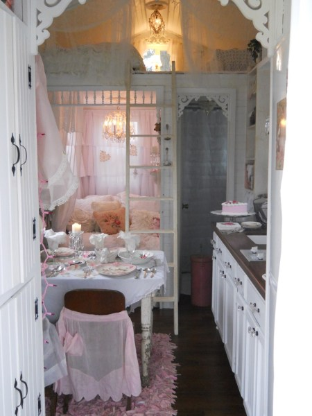 Hosting a Party in a Tiny House: Happy Valentine's Day