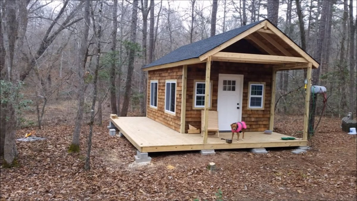 How to build your own tiny cabin for Small cottages to build