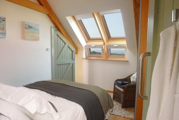 inglenook-little-stone-cottage-in-st-agnes-unique-home-stays-018