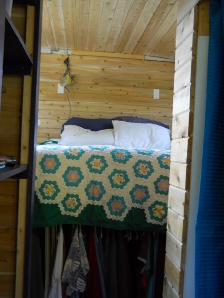 Jane's Tiny House and Freedom through Frugality (4)