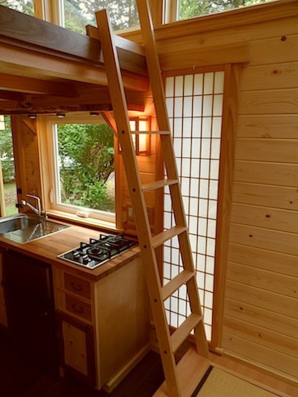 japanese-style-tiny-house-by-oregon-cottage-company-7