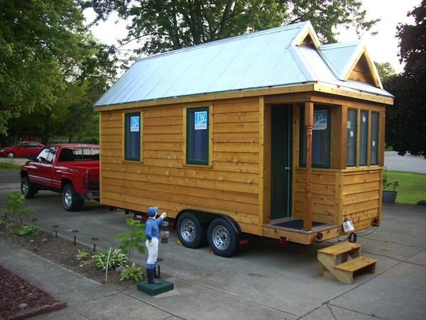 Interview with Jeremy Jackson: He's Traveling with his Tiny House