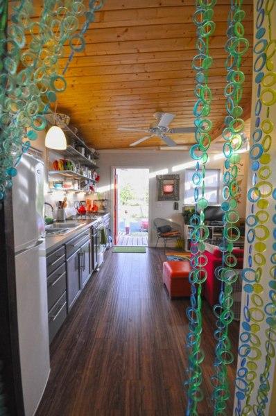 kanga-280-sq-ft-tiny-home-in-the-city-10