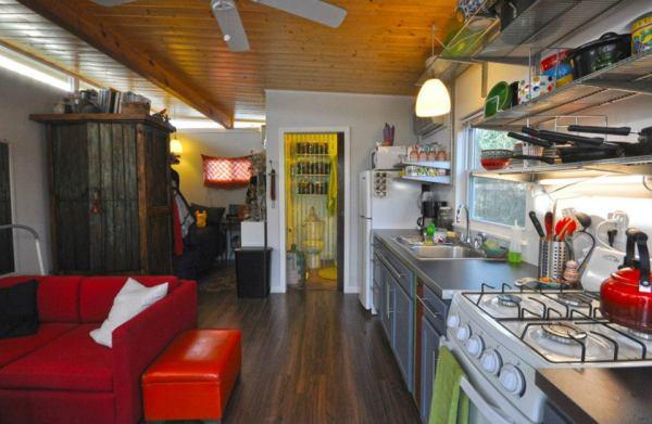 kanga-280-sq-ft-tiny-home-in-the-city-17