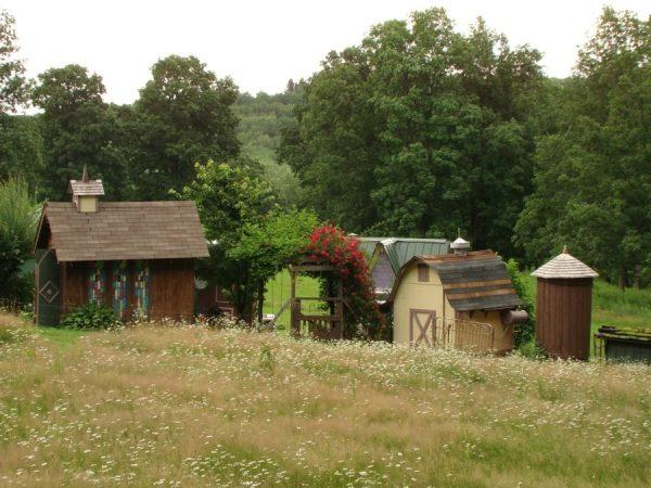 karenville-tiny-village-of-tiny-buildings