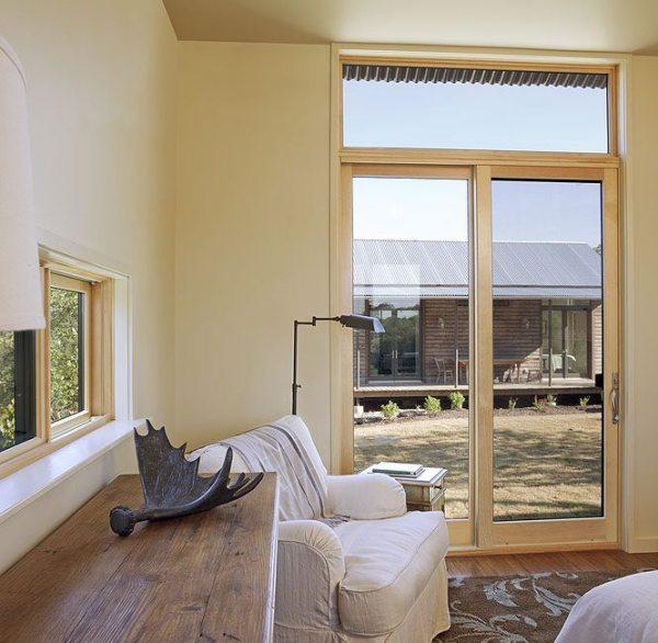 lake-flato-porch-house-03