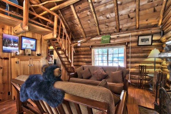 lake-tahoe-log-cabin-smallhousebliss-002
