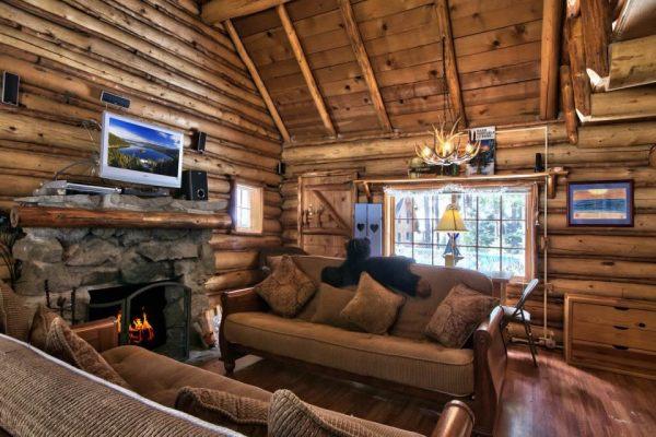lake-tahoe-log-cabin-smallhousebliss-004