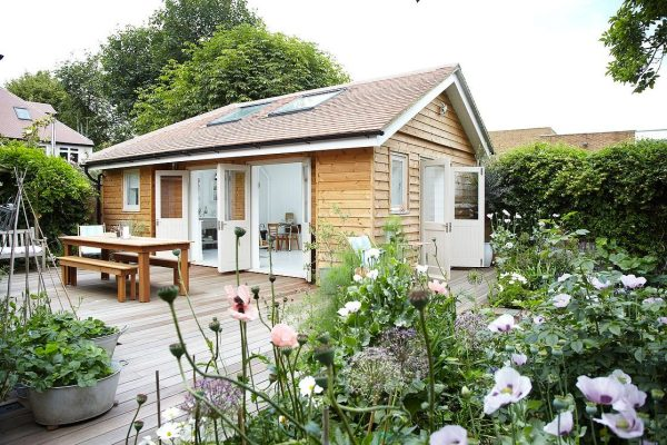 lightlocations-summerhouse-sw12-small-home-001