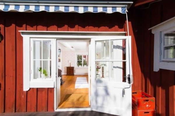 little-village-cottage-sweden-025