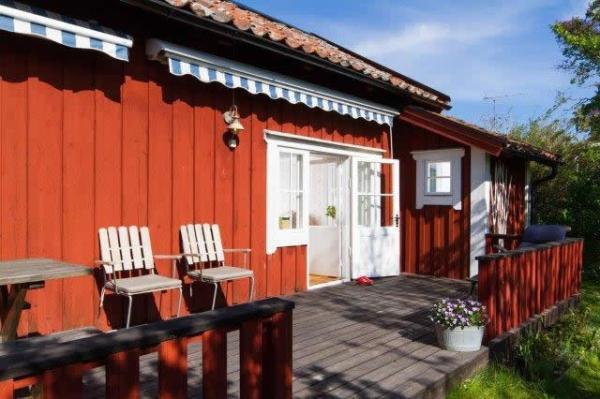 little-village-cottage-sweden-029